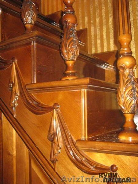 Резные столбы и балясины для лестниц из дерева