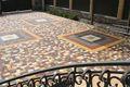 Услуги по укладке тротуарной плитки,  на частных участках,  домов и